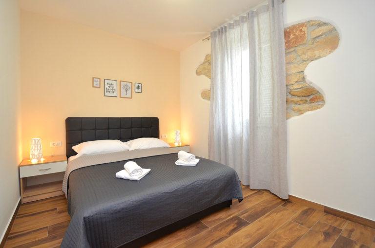 Istra Novigrad unutrašnje uređenje apartmana (1)