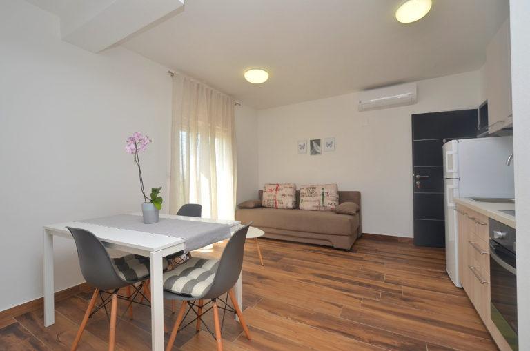 Istra Novigrad unutrašnje uređenje apartmana (5)